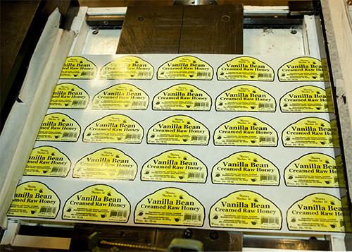 Honey Hostess Vanilla Bean Raw Honey roll label